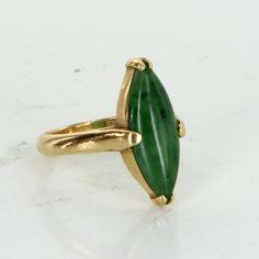 Natural A Grade Jadeite Jade Ring Vintage 20 Karat Yellow Gold Estate Fine Jewelry