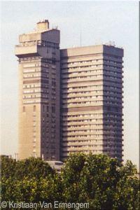 Guy's Hospital, London City, Modern Architecture, Skyscraper, Hospitals, Guys, Buildings, Skyscrapers, Modernism