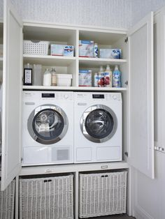 Küche von deulonder arquitectura domestica, rustikal - All For Home İdeas Small Laundry Rooms, Laundry Room Organization, Laundry Room Design, Laundry In Kitchen, Utility Room Designs, Casa Retro, Laundry Room Inspiration, Vintage Laundry, Bathroom Closet