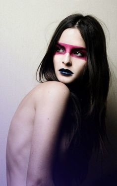 CHIC AVANT GARDE l makeup l dramatic--would this work?