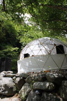 ■GREENFULドーム バックミンスターフラーのジオデシックドーム構造を元に設計された天然素材の竹製ドームテントがGREENFULドームとしてラインナップ。ドームの基礎となる骨組部は地球環境に優しい…