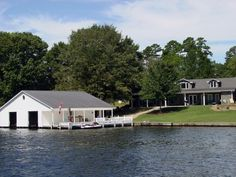 5 br  Albemarle Lake Front Home Vacation Rental