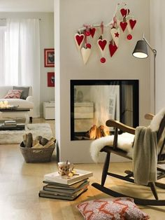 20 Gorgeous Two-Sided Fireplaces For Your Spacious Homes tags: double sided fireplace design, double sided airtight fireplace, double sided wood fireplace australia, double sided fireplace bedroom,… Two Sided Fireplace, Gas Fireplace, Small Fireplace, Fireplace Ideas, Online Interior Design Services, Modern Country Style, Country Decor, My Ideal Home, Fireplace Design