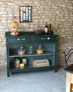 Comment relooker un meuble - patine sur meuble - Blog relookeurs Recycled Furniture, Handmade Furniture, Painted Furniture, Diy Furniture, Furniture Design, Kitchen Furniture, Furniture Making, Rich Home, Diy Cabinets