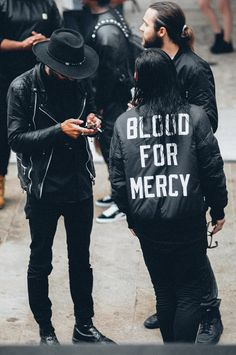 All black everything men's style killed! Urban Fashion, Boy Fashion, Mens Fashion, Street Fashion, Men's Accessories, Outfits Hombre, Look Man, Mode Streetwear, Streetwear Clothing