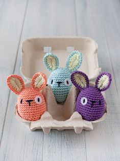 Variation on free revelry egg pattern combined with bi-ped rabbit pattern from… #CrochetEaster