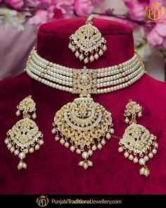 NEW IN!    featured:- Jadau Pearl Choker Set     Shop our latest collection at our store or visit our website today to buy..  You may also DM us OR contact us at 91 9914721111 to buy.  Image copyright 2k18 Punjabi Traditional Jewellery  WORLDWIDE SHIPPING AVAILABLE  Free Shipping in India  Cash on delivery available for India  All kinds of Debit/Credit Cards or other payment methods are accepted  #punjabi #traditional #Wedding #churra #WeddingChurra #punjabichura #bridal #bridalstudio… Pearl Necklace Designs, Jewelry Design Earrings, Gold Earrings Designs, Bling Jewelry, Pearl Jewelry, Wedding Jewellery Designs, Bridal Jewellery Inspiration, Wedding Jewelry, Bridal Jewelry Vintage