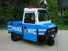 Displaying 7 total results for classic Cushman Vehicles for Sale. Old Police Cars, Police Truck, Military Police, Military Weapons, Police Officer, Rescue Vehicles, Police Vehicles, Emergency Vehicles, Ambulance