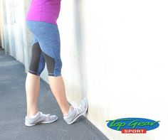 Pin for Later: 5 Ways to Stretch Your Calves (a Must For Runners and Heel-Wearers!) Wall or Curb Stretch Best Calf Stretches, Easy Stretches, Calve Stretches, Shin Stretches, Achilles Stretches, Basic Yoga Poses, Plank Pose, Shin Splints, Muscle Body