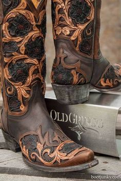 Stylish cowboy girl boots for the modern women. Take A Look at cowgirl boots or cheap cowgirl boots. Check out internet site above click the highlighted bar for more alternatives -- Awesome cowboy girl boots Cowboy Girl, Cowgirl Chic, Cowgirl Style, Cowgirl Boots, Riding Boots, Botas Western, Western Wear, Western Boots, Women's Shoes