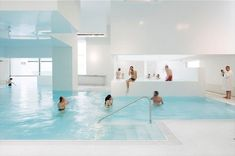 Les Bains Des Docks Aquatic Center 11