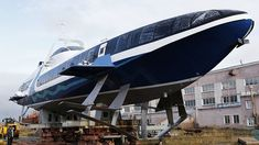A new hydrofoil ship meant to transport up to 120 passengers along sea coast routes has been floated by a Russian producer. The design was popular in the Soviet Union, but modern Russia has not built such vessels for almost two decades.