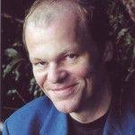 Christian Oelemann » Befragt, warum er sich neben dem Buchhandel auch noch der Schrifts ...