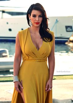 yellow dress kim kardashian game