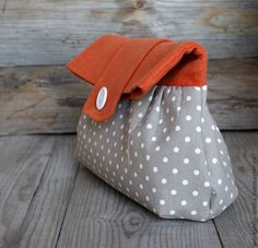 orange and grey dot clutch | great combo!