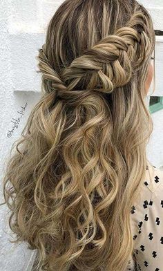 Popular Homecoming Hairstyles That'll Steal the Night: BOHO, HALF UPDO BRAID; The post Popular Homecoming Hairstyles That'll Steal the Night appeared first on Suggestions. Fishtail Hairstyles, Fancy Hairstyles, Trending Hairstyles, Night Hairstyles, Prom Hairstyles For Long Hair Half Up, Sweet 16 Hairstyles, Easy Homecoming Hairstyles, Easy And Cute Hairstyles, Hairstyles For Women