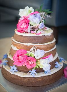 Wanaka's most beautiful and creative wedding cakes - they taste *just* as good as they look. Crazy Wedding Cakes, Small Wedding Cakes, Creative Wedding Cakes, Bright Flowers, Bridal Accessories, Peppermint, Simple, Bespoke, Desserts