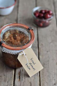 Kirsch-Streuselkuchen im Glas