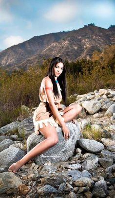 disneycosplayftw:    Pocahontas by xAleux  Photo Credit