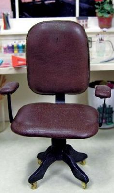 Miniature office chair tutorial - scroll down to Desk Chair for full instructions