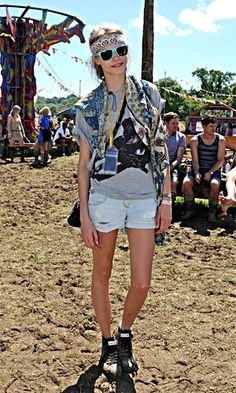 Festival fashion - be fearless, work more than one print!