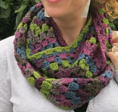 Granny Cowl Pattern Great Colors (this one and other purples, grays, green blue one on blog)