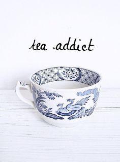 Meer weten over het verhaal van Mevrouw Cha en haar thee, vind haar leuk op Facebook of neem een kijkje op haar website - www.mevrouwcha.nl
