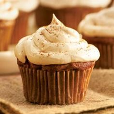 healthy apple cupcake with cinnamon-marshmallow frosting