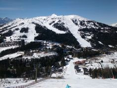 Prelep dan Berg, Mount Rainier, Skiing, Dan, Mountains, Nature, Travel, Tourism, Photo Illustration