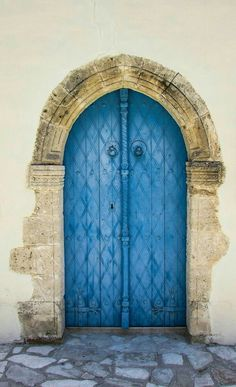growth isn't comfortable, but it's always worth it. Opening new doors and revisiting familiar doors in 2018