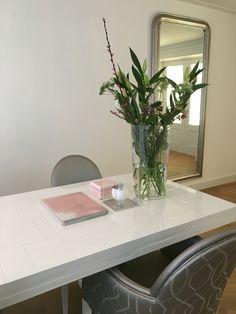 Diez chairs Dedar Elisir fabric. Piet Hein Eek table tafel.