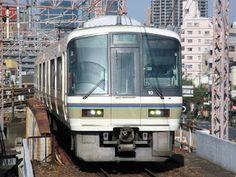 blackcat写真館: 221 系 西九条駅にて
