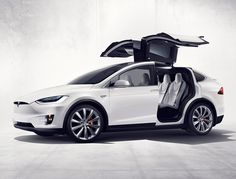 Tesla customers are finally getting their Model X SUVs after years of patient waiting