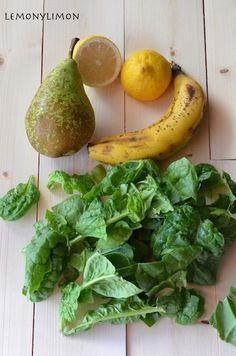 Smothie espinacas, pepino, pera, plátano y limón