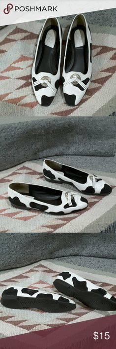 Prima Royale Cute flats by Prima Royale. White leather with black suede. Gently worn and greatly loved. Prima Royale  Shoes Flats & Loafers