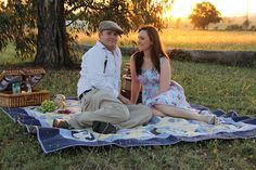 love the picnic theme engagement picture