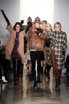 Libertine Fall 2012 Ready-to-Wear Fashion Show - Johnson Hartig, <em>center</em>