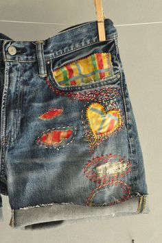 Mom Shorts Vintage Clothing Cheeky Shorts Mom Jeans clothing High Waisted Mom Shorts Jean Shorts Cut Off Jean Shorts Clothing Diy Jeans, Recycle Jeans, Women's Jeans, Trend Council, Vintage Outfits, Vintage Jeans, Jean Diy, Jean Jean, Redone Jeans