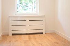 radiator ombouw Radiator Cover, Radiators, Cosy, Room Ideas, Living Room, Furniture, Home Decor, Homemade Home Decor, Radiant Heaters