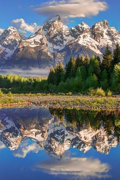 Grand Teton National Park on the Snake River, Wyoming, by National Geographic Landscape Photos, Landscape Photography, Nature Photography, White Photography, Grand Teton National Park, National Parks, Beautiful World, Beautiful Places, Photos Voyages