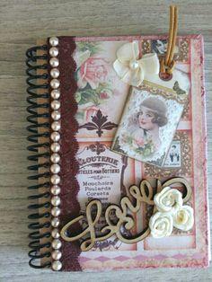 Scrapbook Albums, Scrapbooking Layouts, Scrapbook Paper, Vintage Notebook, Vintage Books, Altered Composition Books, Decoupage Vintage, Decorate Notebook, Handmade Journals