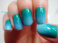 The Nail Artiste: How To: Create a Perfect Gradient with a Makeup Sponge