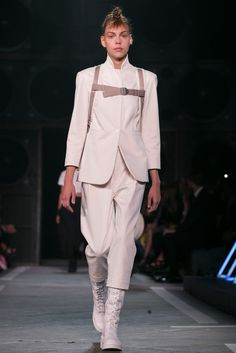 A look from the Marc by Marc Jacobs Spring 2015 RTW collection.