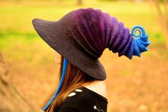 A seamless handmade felted witch hat / wizard hat for you to build the perfect cosplay costume! Whether heading to a Renaissance fair, a comic convention, a cosplay contest, or gearing up for your next LARP session this can be the geekery accessory that will make you stand out from the crowd.