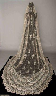 1870's lace veil the-vintage-look