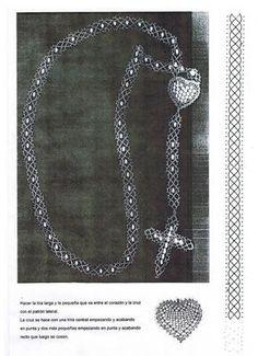 Archivo de álbumes Corner To Corner Crochet, Bobbin Lace Patterns, Lacemaking, Lace Heart, Lace Jewelry, Crochet Stitches, Lace Detail, Hand Embroidery, Tatting