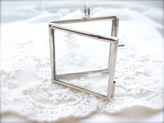 1- Large Glass Locket Silver Square Double Pane Glass Clear Display Photo Frame Pendant Keepsake Inv0426