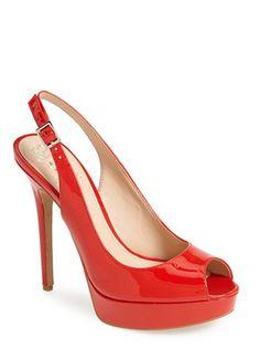 platform peep toe pumps  http://rstyle.me/n/v78h6pdpe