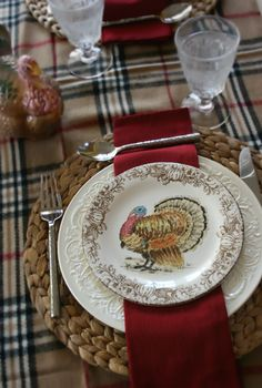 i spotted a plaid throw that I thought would look great on a thanksgiving or Christmas table.