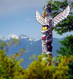One of the majestically beautiful Totem Poles in Stanley Park, Vancouver, British Columbia. / I love seeing the totem poles! So much talent goes into making them! God Bless the artist! Native American Totem, Native American Beauty, Native American History, Native American Indians, Canadian History, American Life, Native Indian, Native Art, Indian Art